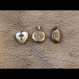 Jewelry - Vintage set of 3 gold tone mini lockets